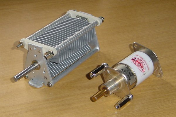 VC3 and VC2 output tuning capacitors